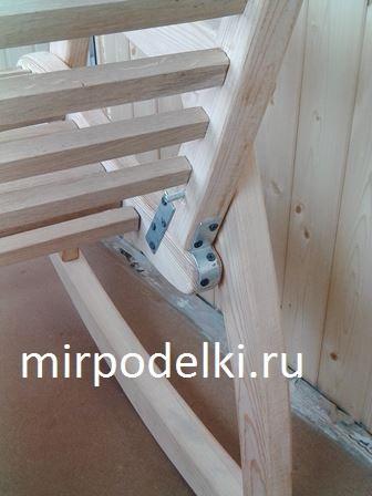Усиление слабых мест конструкции кресла.